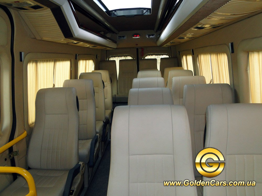 Микроавтобус Mercedes Sprinter 318 CDI Long фото 5