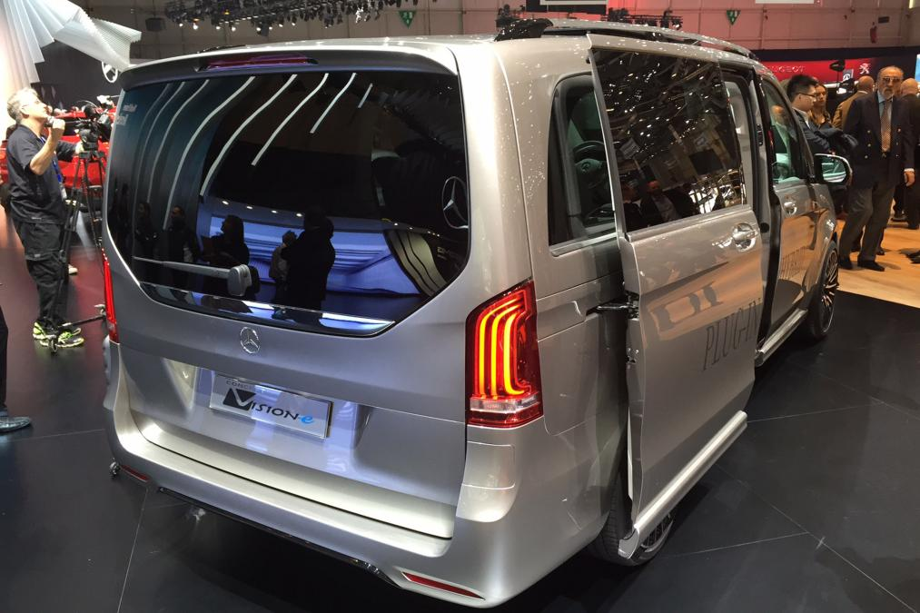 Mercedes V-ision-e concept rear